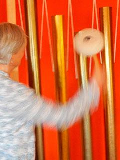 Behandlungen in der Klangpyramide, Karin Drostel